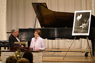 Photo Gallery of YM Piano Studio in Central New Jersey, East Windsor. Internationally renowned concert pianist SUSAN STARR  and famed broadcaster ROBERT SHERMAN (WQXR's).